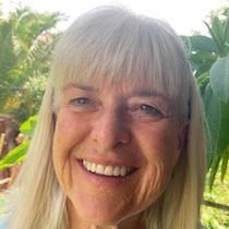 Profile Image of Diana Hawks