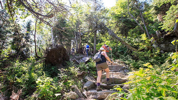 Choose Your Pace: Hiking and Walking Classics in Québec & Vermont