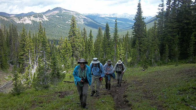 Hiking Beartooth Mountains Wyoming
